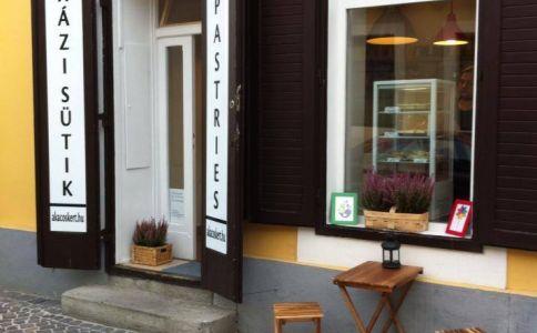 Akácoskert Süti & Café