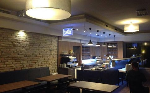 Coral Cafe & Bistro