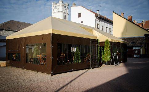 RoBoss Cafe