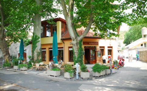 Dunakorzó Kávézó