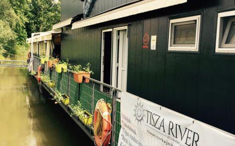 Tisza River Café