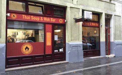 Kis Parázs Thai leves és Wok