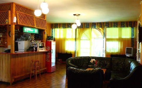 Csalogány Étterem