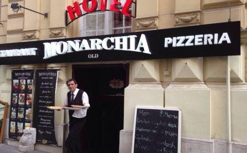 Monarchia Old Restaurant & Pizzeria