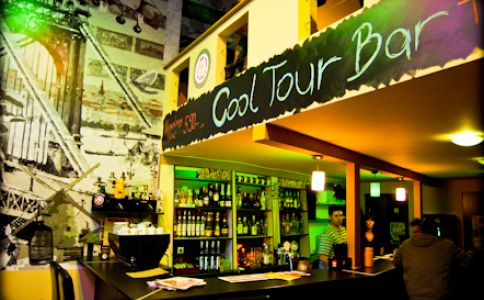 CoolTour Bar II.