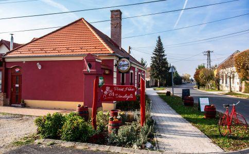 Piros Ház Vendéglő