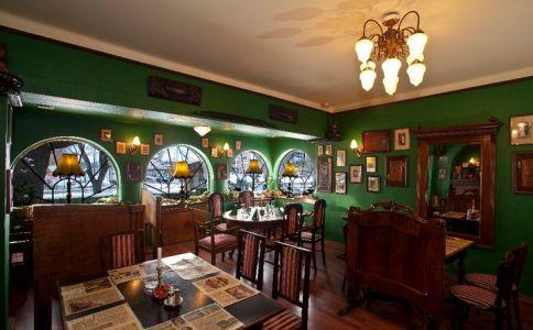 Bagolyvár Club & Étterem
