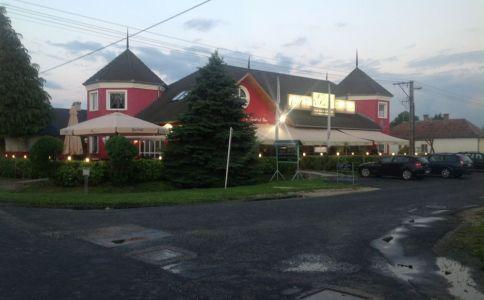 Ági's Steak House