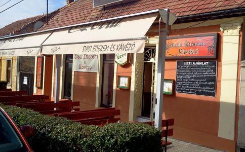 Stadt Étterem & Kávézó