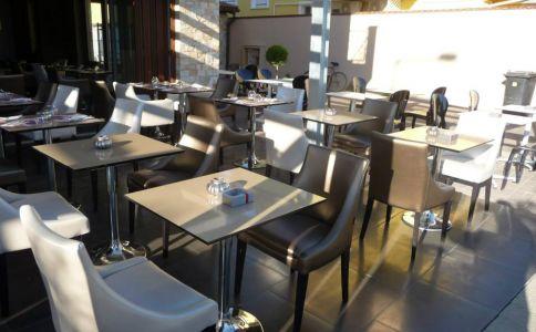 Mirage Hotel & Restaurant