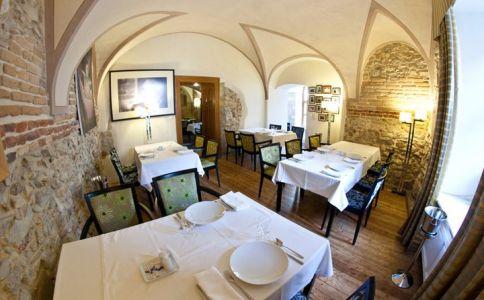 67 Étterem és Bisztró